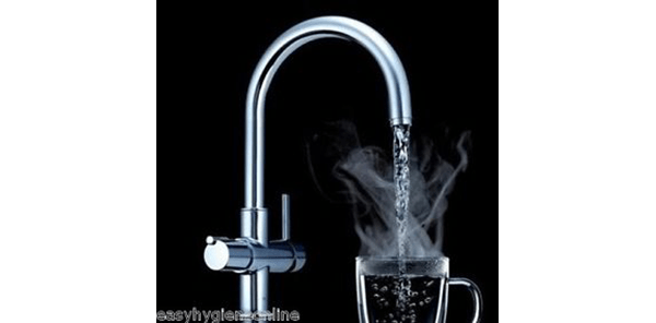 Instant boiling water tap