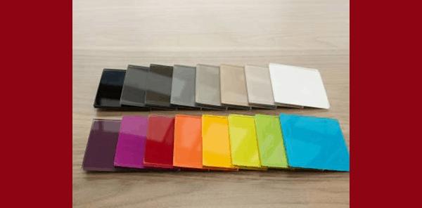 Samples of coloured splashbacks for kitchens