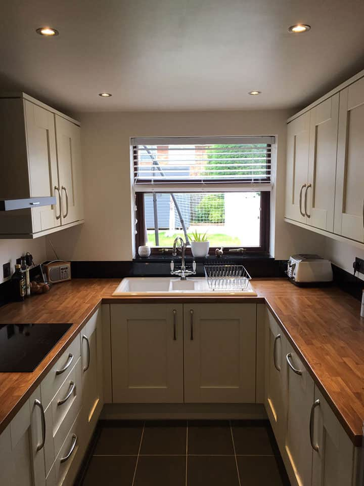 Cream shaker kitchen with wood worktops