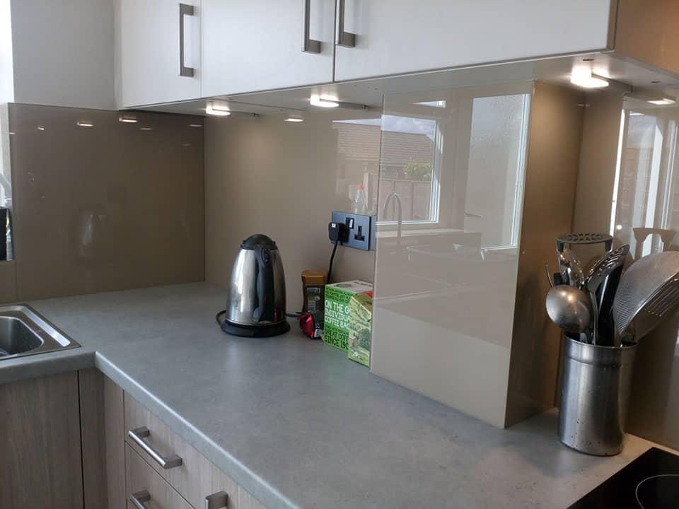 Gloss kitchen worktops